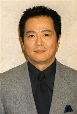 根津甚八さんが69歳で逝去されました!死因は肺炎?根津の家族は?